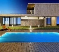 ספסלים מבטון לעיצוב מושלם של חצר הבית